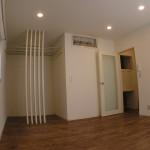 天井・壁は、白を基調とし広がりを感じる空間に・・・