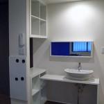 洋室への扉・・・     LDKに洗面台       ウォシュレット付トイレ    洋室;クローゼット