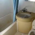 * バス・トイレ一緒の3点ユニットだったものを 使い勝手のよいバス・トイレ別にしました。<br /> * 洗面所・トイレの床は、タイル柄の可愛いCFにしました。