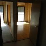 DKから居室を見たものです。室内の雰囲気が変わりました。