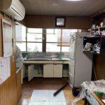 流し台を小さくし、行き場を失っていた冷蔵庫の設置スペースを確保したことで、使いやすさが格段にアップしました。