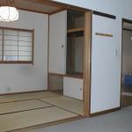 * before<br />     2DK(和室6帖・洋室7帖・DK9帖) の間取り<br />   DKと和室の間は、壁で仕切られています。<br />